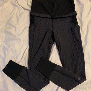 Lululemon workout leggings